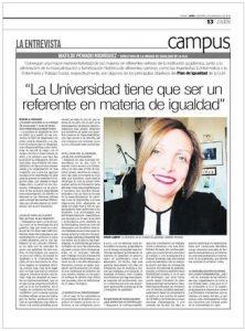 Fotografía del Diario de Jaén con la entrevista a Matilde Peinado